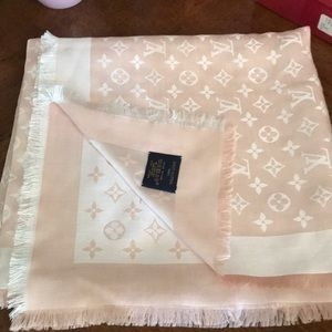 Beautiful beige/peach color Louis Vuitton shawl!